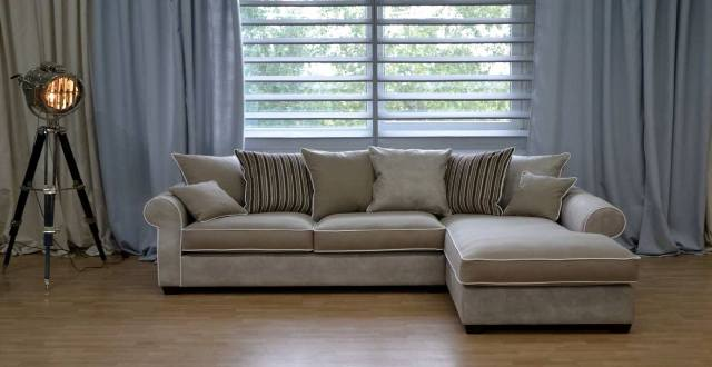 Nieuwe bank chantal logchies for Ecksofa landhausstil
